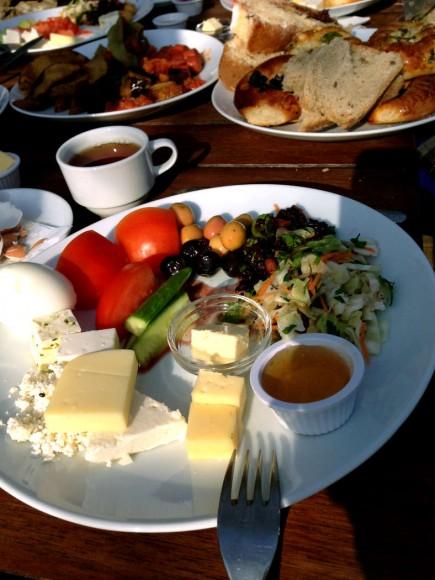 Kulindağ Dağ Evi, Kahvaltı