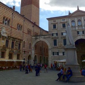 Signori Meydanı