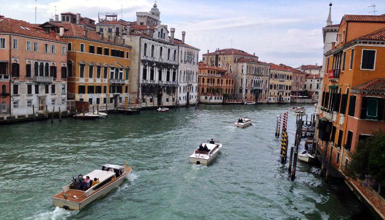 Accademia Köprüsü'nden Büyük Kanal, Venedik