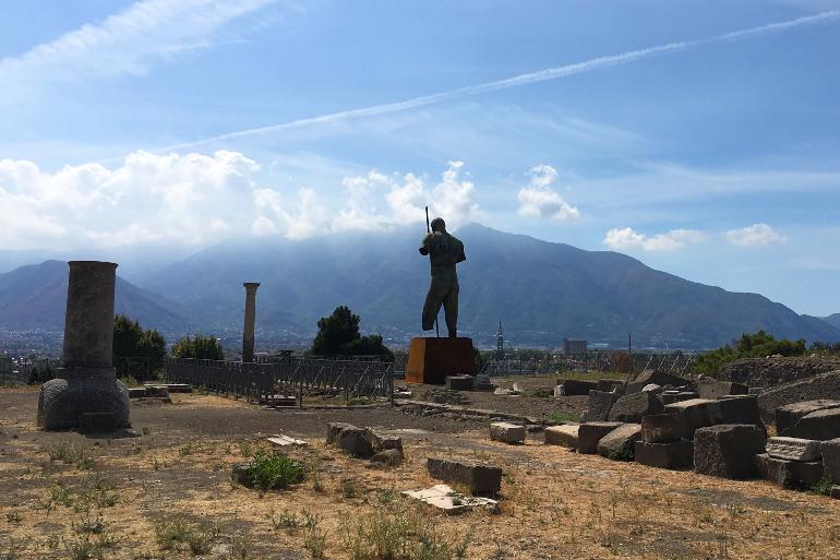 Küller Altından: Pompeii